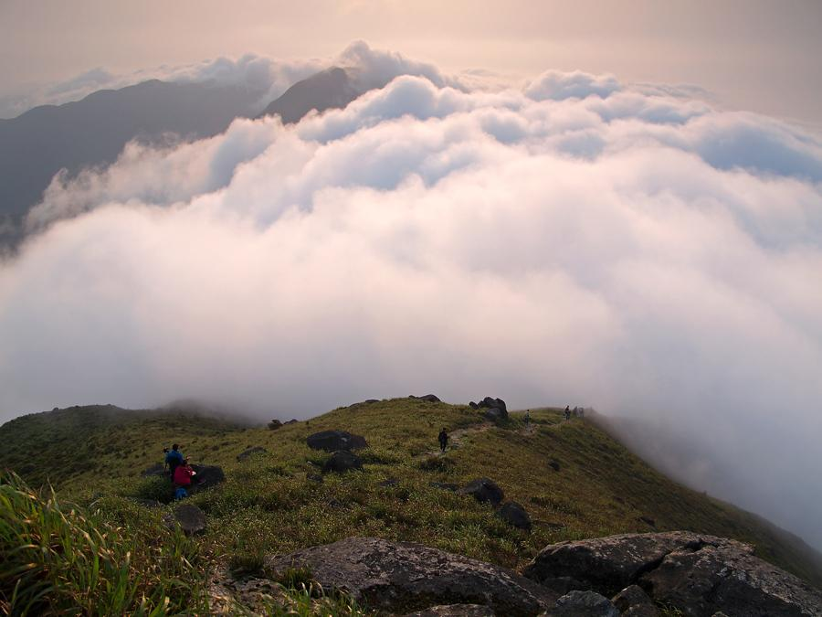 Sea of Clouds at Lantau Peak 鳳凰山雲海