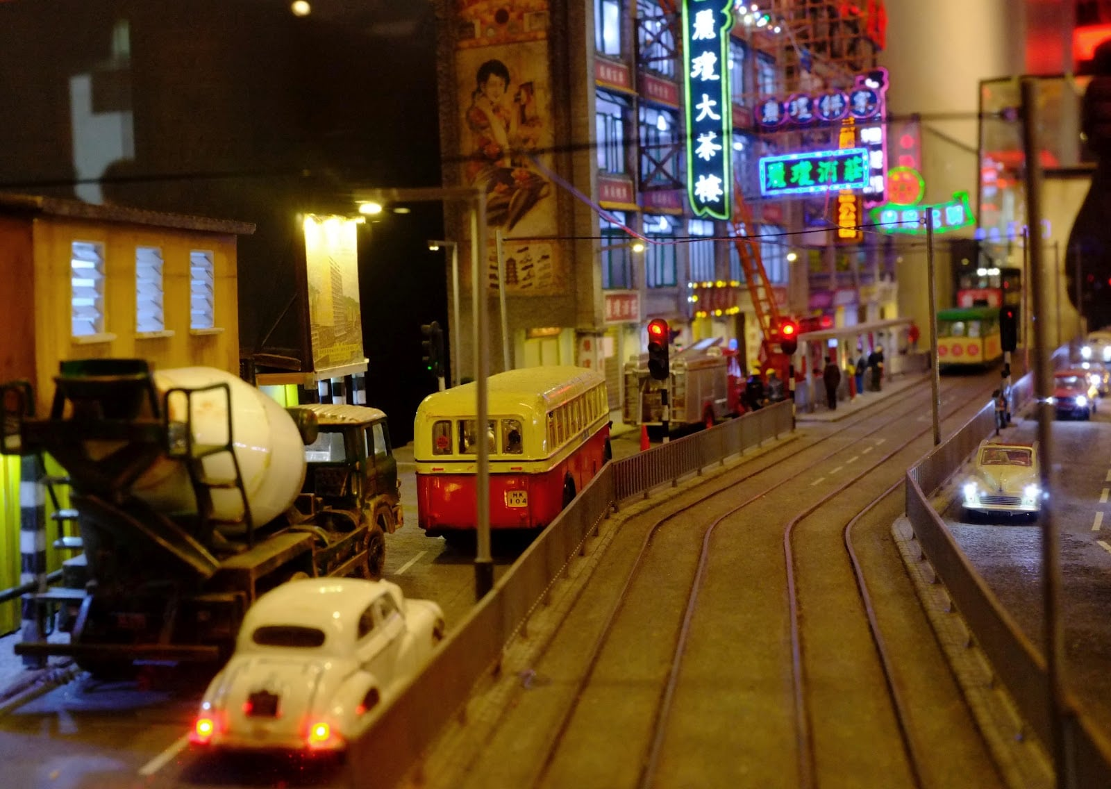 Dingding, Hong Kong Tramways, Double Decker, Time Travel in Hong Kong