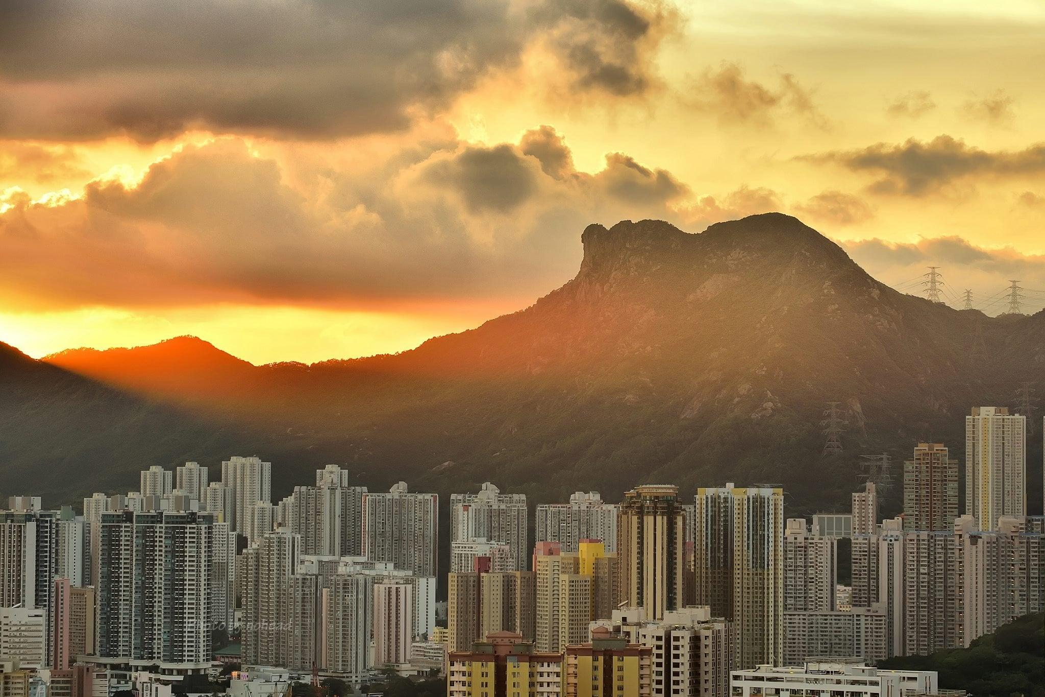Spirit under the Lion Rock, Hong Kong